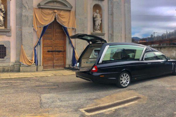 Addobbo Chiesa S. Pietro 26 02 2020